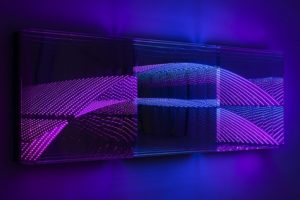 "beyond light ""wave"", metall spiegel plexiglas led licht, bildrecht, wien, 2015"