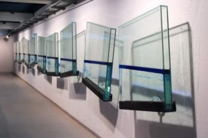 blue line, 10 glass cases metal blue silicon oil and water, pasinger fabrik, munich, germany, 2001