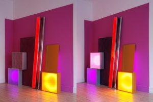 replaced, leuchtkästen edelstahlstange wandfarbe lochblech und kontaktunterbrecher, patrick heide contemporary art, london, 2009