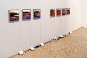 chromatic impulse, 7 led-leuchtkästen (dldc/rgb) mit lasercrome dia, berlinische galerie mit spectral, berlin, 2005