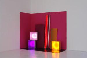 replaced, leuchtkästen edelstahlstange wandfarbe lochblech gummi und kontaktunterbrecher, studio d'arte contemporanea pino casagrande, rom, 2011