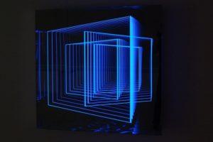 windows, metall spiegel plexiglas led farbwechsel, galerie klaus benden, köln, 2012