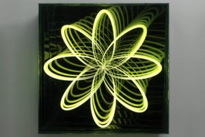 organic orbit, metall spiegel plexiglas led farbwechsel, patrick heide contemporary, london, 2013