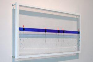 sensitive balance, plexiglas metall schwimmer wasser silikonöl blau, kaiser friedrich, 2003