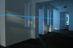 balance, leuchtfolie und inverter, kaiser friedrich, berlin, 2003