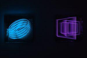 spring + windows, metall spiegel plexiglas led farbwechsel, galerie klaus benden, köln, 2012