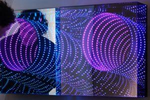 tunnel diptychon, metall spiegel plexiglas led farbwechsel, patrick heide contemporary, london, 2013